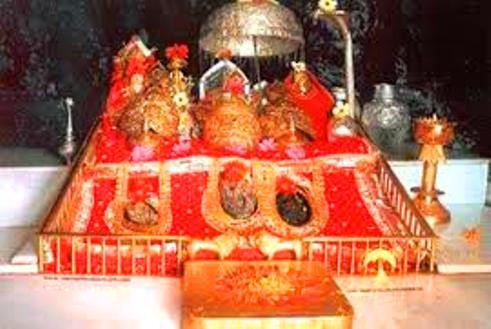 helicopter services to vaishno devi with Mata Vaishno Devi Shrine Board Bags Cnbc Award on Religion besides History of the shrine besides Amritsar Jammu Patnitop Kashmir Vaishnodevi Tour additionally Mata Vaishno Devi Shrine Board Bags Cnbc Award moreover Security Arrangements.