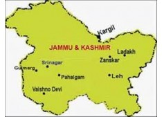 Five killed in Gulmarg, several injured
