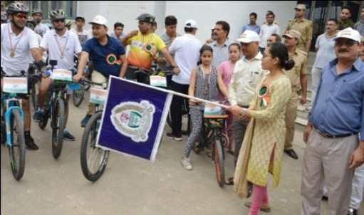 ADC flags off anti-drug abuse cycle rally in Udhampur