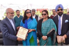 Akhtar inaugurate English 'Enrichment Program' for teachers