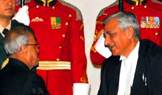 Justice Tirath Singh Thakur of J&K sworn in as the Chief Justice of India