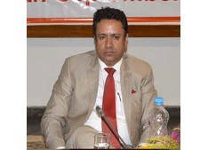 Zulfkar for timely completion of projects