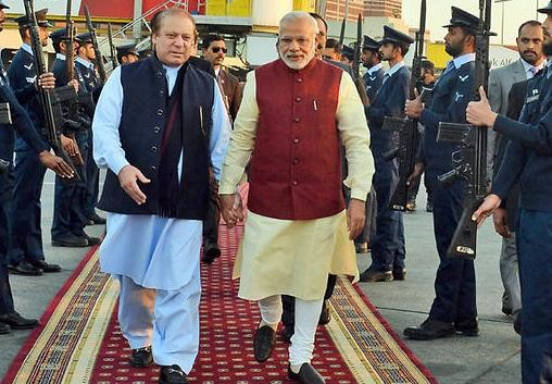 Hand in Hand: Is Narendra Modi's surprise  visit to Pakistan a masterstroke?