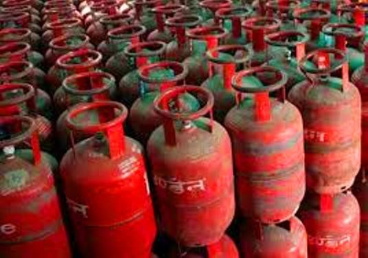 No LPG subsidy for consumers with taxable income of more than Rs 10 lakh