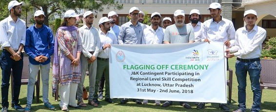 Ansari flags off JK contingent for regional level skill competition  Lucknow