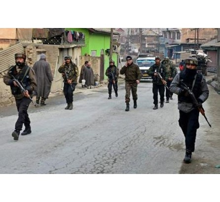 Militants attack army party