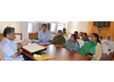Anganwadi Workers, Helpers Association calls off strike:  Genuine demands shall be considered sympathetically: Advisor Ganai