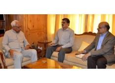 Advisor Kumar, Chief Secretary meets Governor 0n important issues