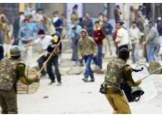 2 DSPs of J&K Police among A Dozen injured in Stone pelting during Polling