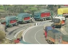 Jammu Srinagar National Highway opens up for Traffic