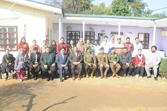 IGP Jammu  Mukesh Singh,IPS , DIG Jammu Vivek Sharma, IPS  visited the Drug de-addiction Centre in Jammu