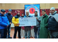 Advisor Sharma felicitates Valley's 2 mountaineers