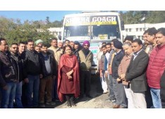 DDC Reasi flags off farmers on 3-day tour