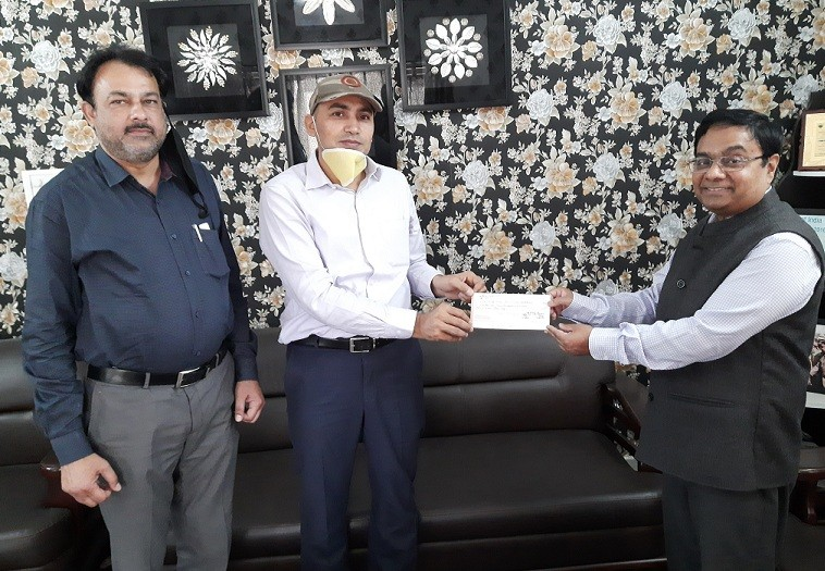 Covid-19: SIDCO donates Rs. 18.10 lakh to J&K Relief Fund