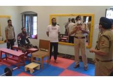 DGP Prisons visits Central Jail Srinagar;  Takes stock of security arrangements at the jail
