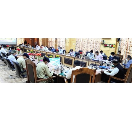 Lt Governor meets various public delegations at Bandipora; e-inaugurates, lays foundation stones of developmental projects