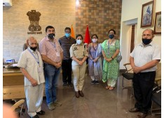 Prominent Citizens accord warm welcome to  SSP Udhampur  Sargun Shukla