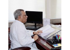 Advisor Farooq Khan sanctions Rs 3 cr financial assistance in favour of construction workers, dependents