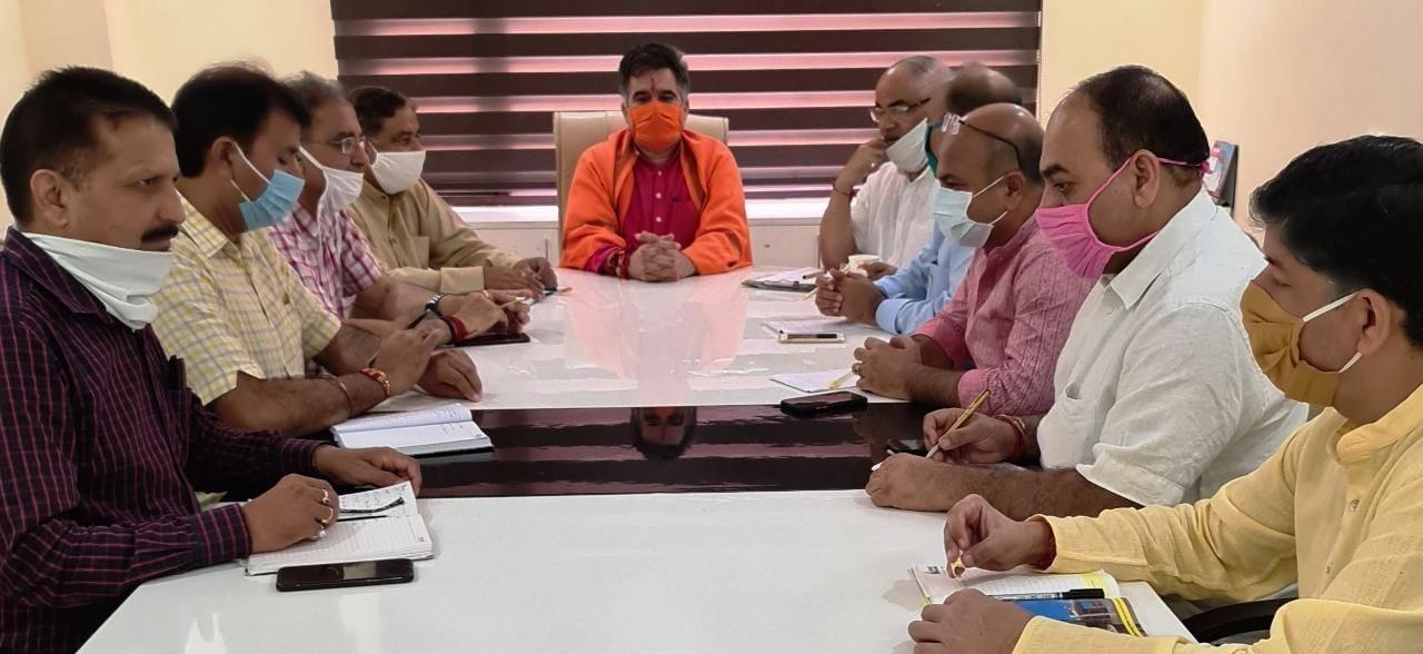 """BJP leaders will hoist """"Tiranga"""", light up chowks on 5th August: Ravinder Raina"""