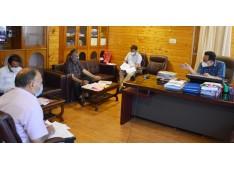 Navin Choudhary reviews implementation of Pradhan Mantri Matsya Sampada Yojana
