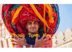Indian youth Pawan Vyas sets world record by tying world longest turban