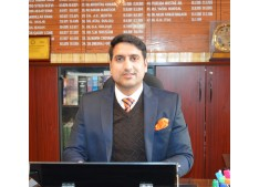 Baramulla authorities conduct surprise inspection of 64 Coaching/Tuition centres; Four centres sealed