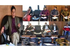 Div Com Jammu discusses measures for decongestion of area around General Bus Stand Parking