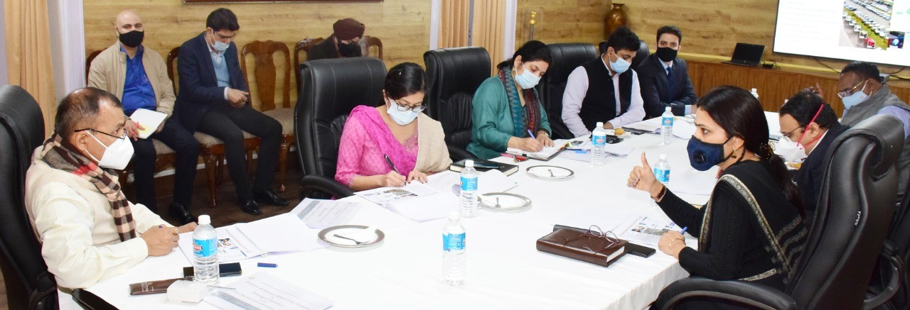 Pr Sec  to LG reviews Jammu Smart City Projects; directs for new parking spaces