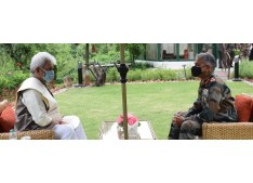 LG visits Lt. Gen Pandey's residence; pays tribute to his father-in-law, offers condolences