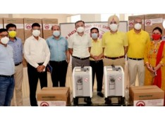 CEO Shrine Board Ramesh Kumar  hands over Oxygen Concentrators to DC Reasi