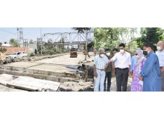 CEO ERA directs to work in double shift for completion of Peerbagh-Humhama Concrete Rigid Pavement road within 45 days