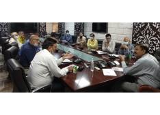 Ranjan Thakur chairs meeting regarding revival, promotion of Carpet industry in J&K