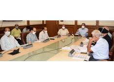 Advisor Baseer Khan reviews functioning of PDD; Assesses winter preparedness