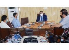 Actions to be taken against the non-performing Engineers/Officers: Advisor Baseer Khan