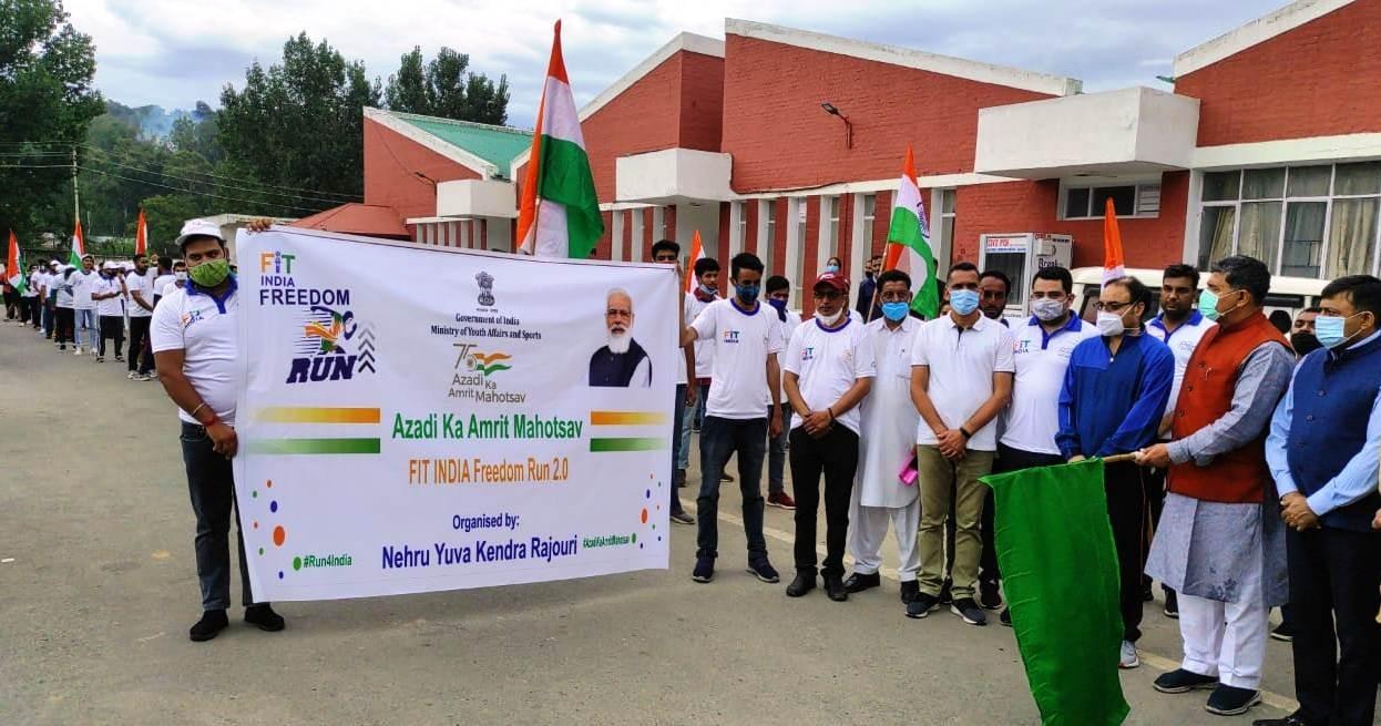 MP Jugal Kishore flags off Fit India Freedom Run 2.0 at Rajouri
