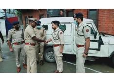 DIG NKR Baramulla visits PD Sopore; reviews security scenario